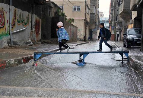 unrwa declares emergency  gaza city due  extreme