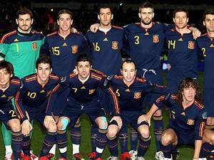 Equipe Foot Espagne Liste : mondial 2010 la liste des 23 espagnols ~ Medecine-chirurgie-esthetiques.com Avis de Voitures