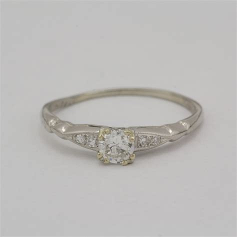 pre owned platinum diamond ring