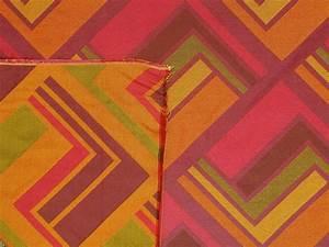 Retro Pink And Orange Fabric Muslim Heritage