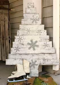 Paletten Deko Weihnachten : diy weihnachtsbaum aus paletten schafft fr hliche stimmung zu hause ~ Buech-reservation.com Haus und Dekorationen