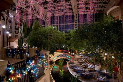 gaylord texan presents  texas size christmas