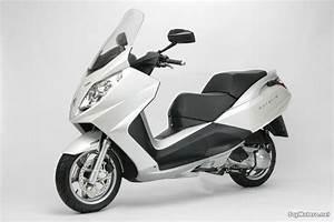 Scooter Peugeot Satelis 125 : peugeot satelis 125 color blanco ~ Maxctalentgroup.com Avis de Voitures
