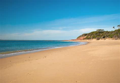 what is a kitchen island seaside splendour