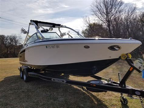 Used Cobalt Wss Boats For Sale by 2013 Used Cobalt 232 Wss Ski And Wakeboard Boat For Sale