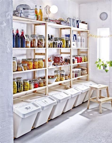 rangement cellier cuisine 17 meilleures idées à propos de organiser le cellier sur