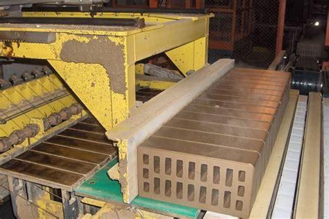 Fabrication Des Tuiles by Ceric Technologies Montre Savoir Faire Dans Les