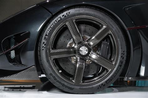koenigsegg japan koenigsegg agera rsr debuts in japan limited to 3 units