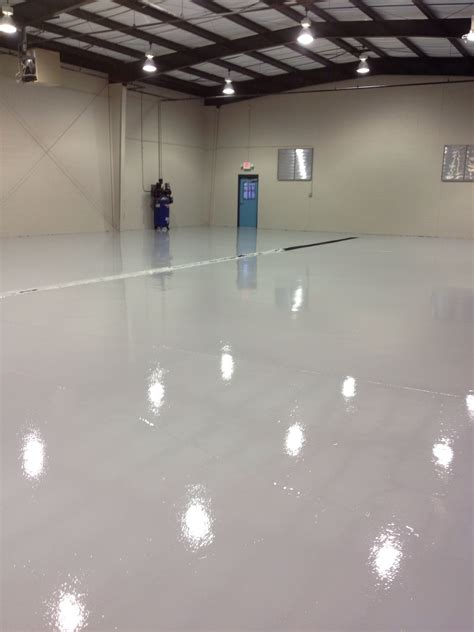 rustoleum garage floor epoxy clear coat commercial garage flooring nashville