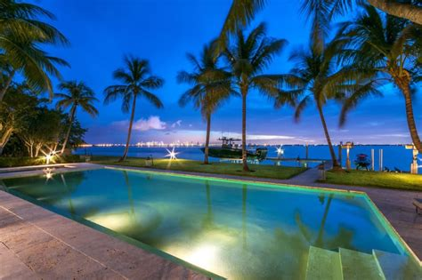 phil collins paid  million  jlos miami beach mansion