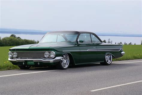 garage door 1961 chevrolet impala custom 2 door hardtop 162072