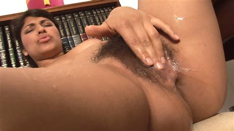 Laurie Squirts Hairy Pussy Juice Everywhere