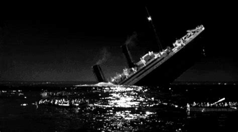 titanic sinking gif titanic gif find on giphy