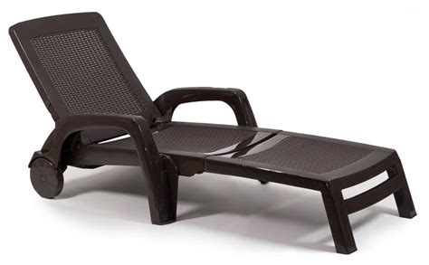 chaise longue pvc blanc sun lounger made of poly rattan with wheels and armrests