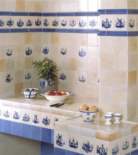 frise faience cuisine carré carrelages muraux pour votre cuisine