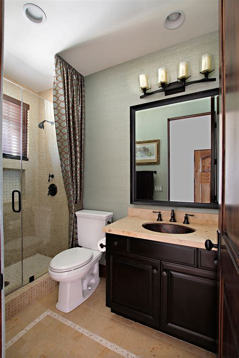 bathroom decorating ideas for small spaces guest bathroom ideas indeliblepieces com