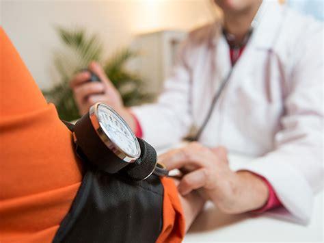 hyperlipidemia symptoms  treatment