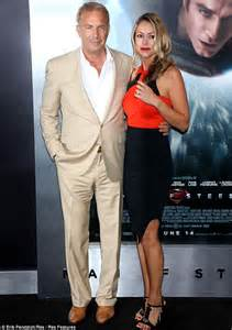 superman wedding ring kevin costner brings his and two daughters to of