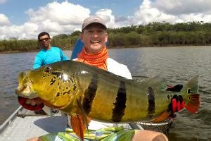 Peacock Bass Trophy Pictures - River Plate Anglers
