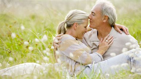 Do Men And Women Look At Sex After 60 Differently Senior Dating Tips Video