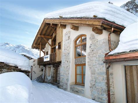 iski 174 catered ski chalets val d isere groups sole use