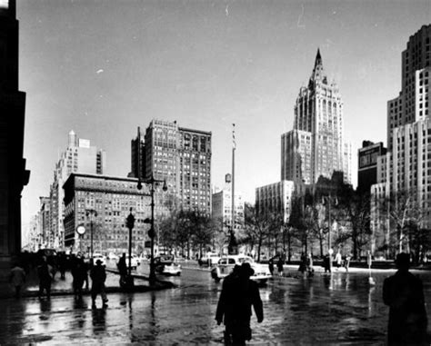 New York (N.Y.): cityscape with New York Life Insurance an ...