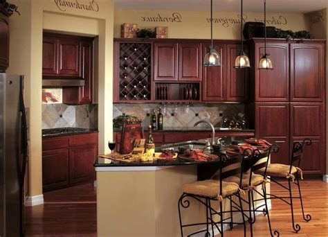 rustic decorating above kitchen cabinets   DeducTour.com