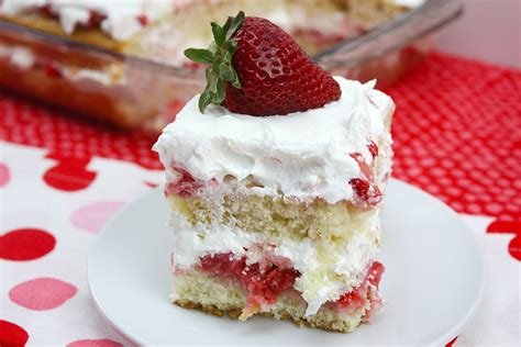 country kitchen strawberry pound cake top 10 best classic cake recipes chowhound 8457