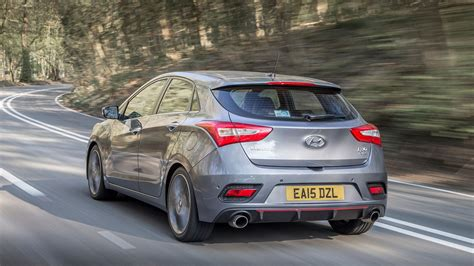 hyundai i30 turbo hyundai i30 turbo 2015 review car magazine
