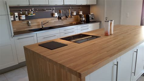 cuisine plan de travail en bois optez pour un plan de travail en bois massif