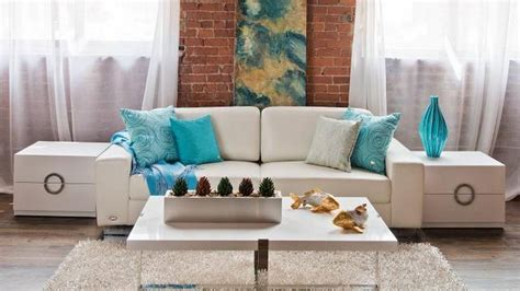Home Decor Pillows : Change Up Your Decor With Throw Pillows
