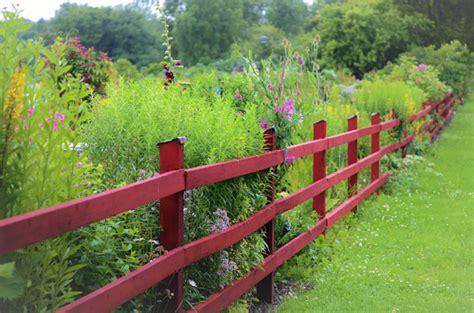 Installer Une Clôture Autour Du Jardin  Quel Budget, Prix