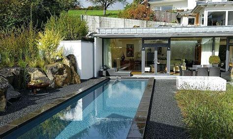 Moderne Häuser Und Gärten by Tipp Doppelt Isolierte Beckenwande Im Pool Isoliertes