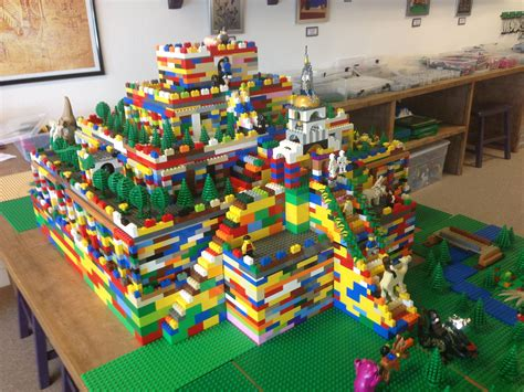 comment faire une chambre minecraft lego sumerian ziggurat built by our architects