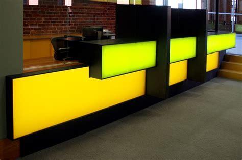 siege c8 neuf reception interior architectural backlit bureau 55