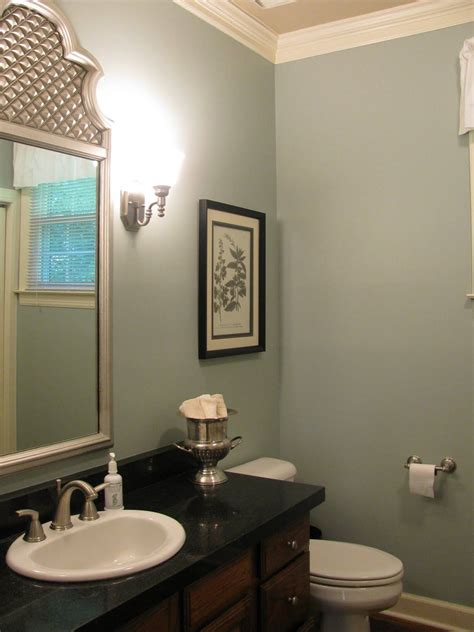 my favorite paint color of all time sherwin williams silvermist wall color