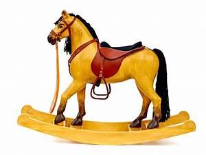 Cheval En Bois à Bascule : un grand cheval bascule en bois tann les chevaux ~ Teatrodelosmanantiales.com Idées de Décoration