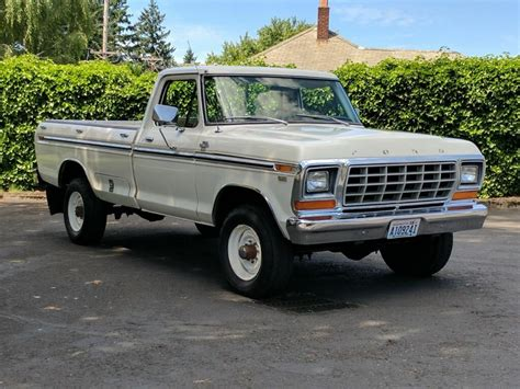 bangshift they don t come cleaner this 1979 ford f 250 is a truck fan s rig