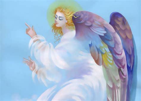 Adriana Habla Con Los ángeles