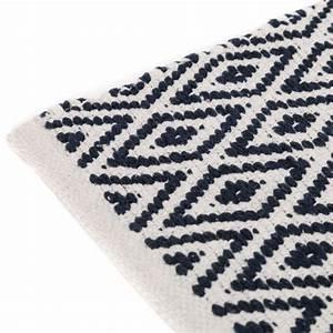 tapis motifs ethniques en coton bleu et blanc 80 x 50 cm With tapis bleu et blanc