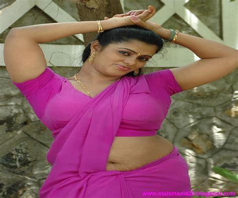 Mallu Aunty In Pink Blouse Hot Boobs Hot