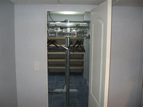 custom design closet conveyor model st srs conveyors