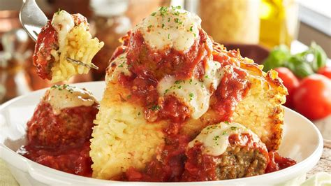 olive garden co olive garden adds spaghetti pies new breadstick