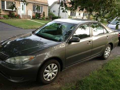 2005 Toyota Camry Mpg by Find Used 2005 Toyota Camry Le 4 Door Well Maintained