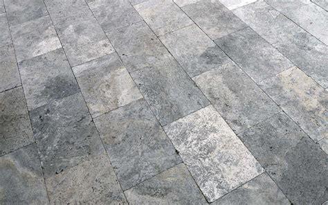 travertinplatten silver getrommelt steinlese natursteine