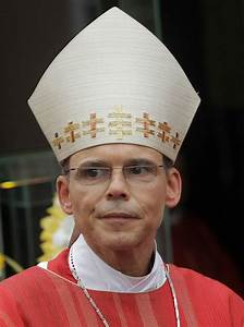 Mark Design 39 Bishop Of Bling 39 Suspended By Pope Francis The Two Way