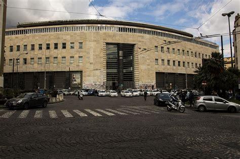 sede centrale poste italiane palazzo delle poste napoli