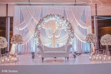 stunning indian wedding mandap flower  sofa decoration