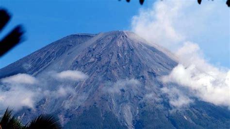 kabar baik  pendaki gunung semeru  dibuka awal