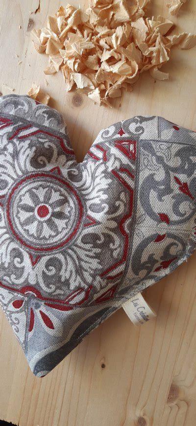 L'essenza di cirmolo raggiunge la massima efficacia per la vostra salute tramite l'utilizzo del cuscino di i cuscini di cirmolo silvador in ciò vi danno una mano. Cuscino in puro Cirmolo - Per la casa e per te - Bellezza e cura -... | su MissHobby